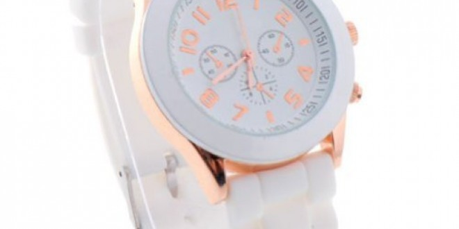Daditong Popular Silicone Quartz Men Women Girl Boy Unisex Jelly Wrist Watch